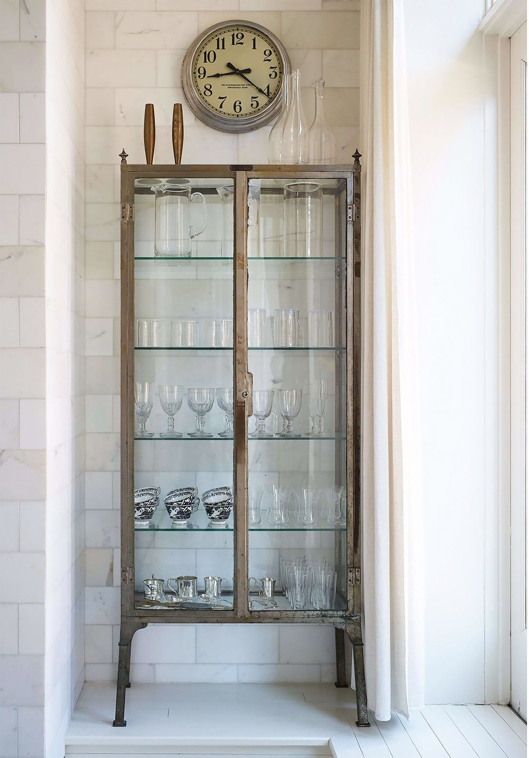 Single french door interior tour gwyneth paltrowus light and airy nyc apartment  apartments