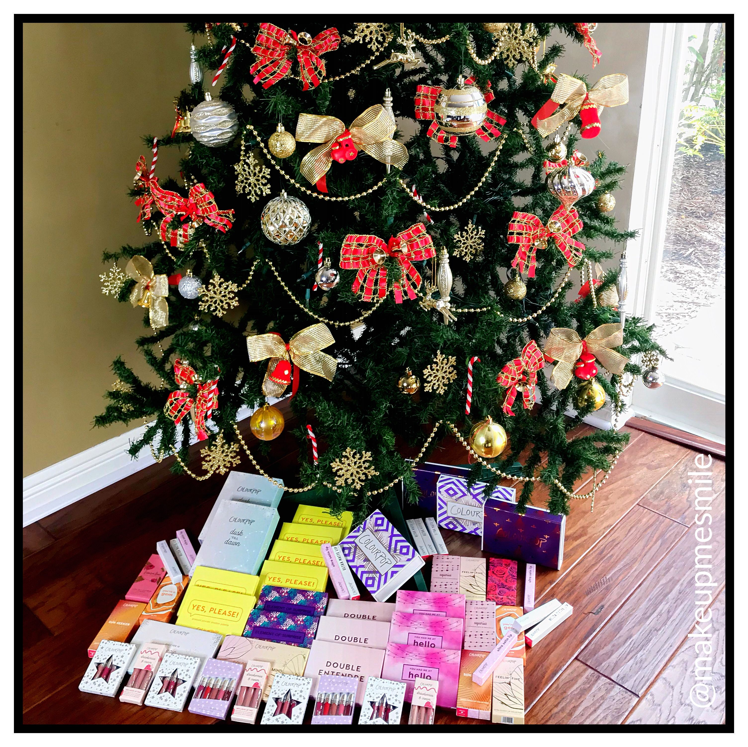 Makeup Christmas Tree Colourpop