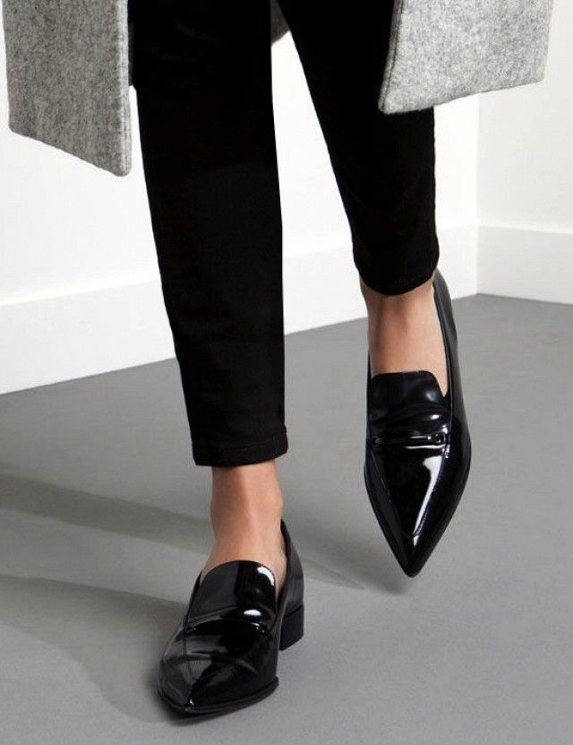 A Work Perfect Way to Wear Your Pointed Toe Loafers