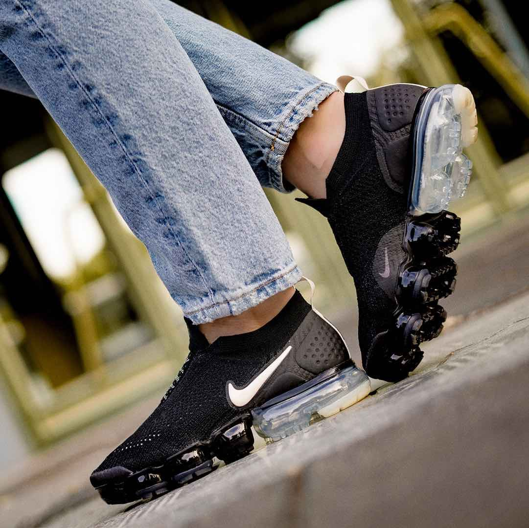 ddd4b40f314b Nike Air VaporMax Flyknit Moc 2 Black   Light Cream https   insidesneakers.