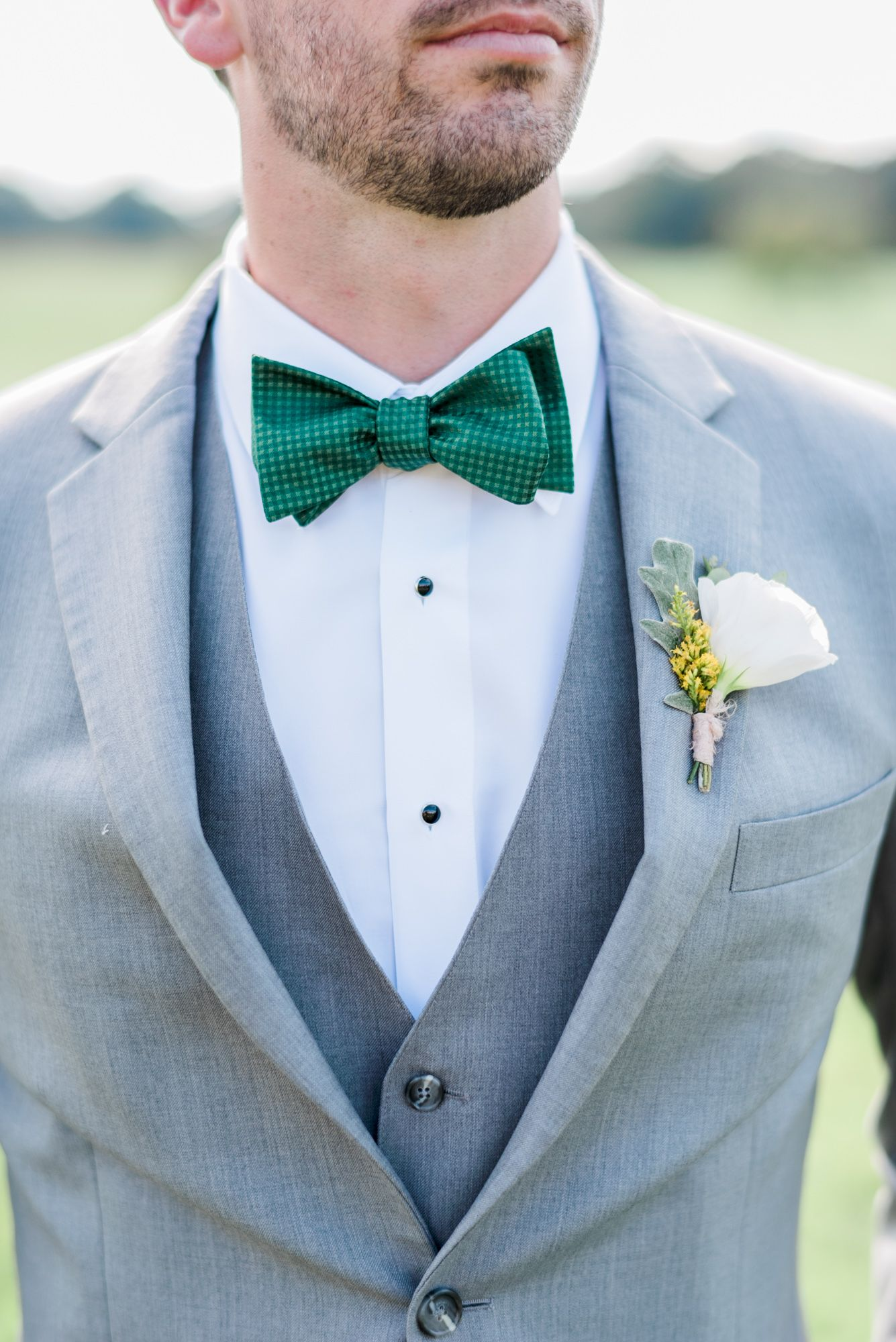 Falling In Love With Late Summer Wedding | Pinterest | Green bow tie ...
