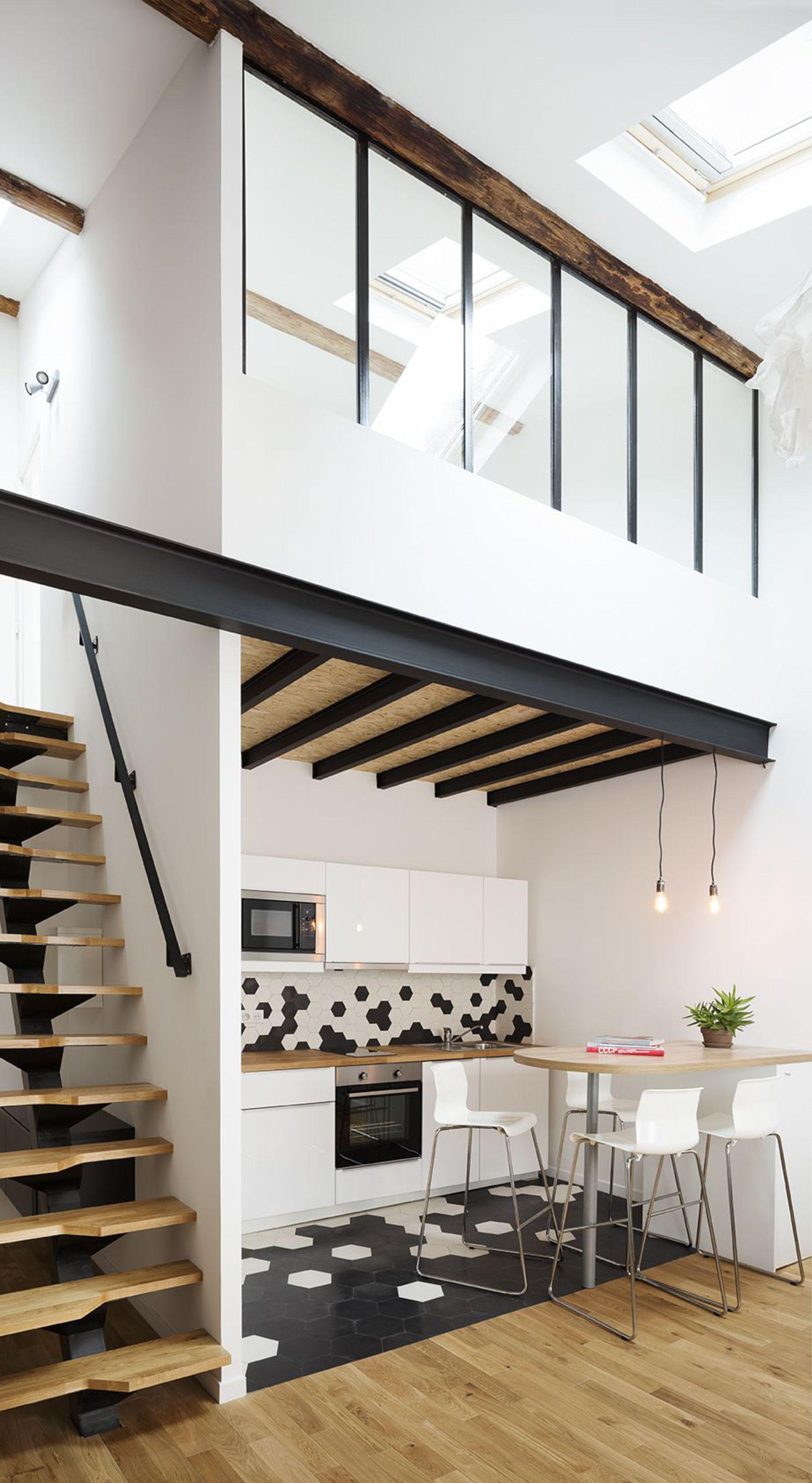 Appartement montpellier 57 m2 avec mezzanine escalier r novation mezzanine verriere - Decorer son studio ...