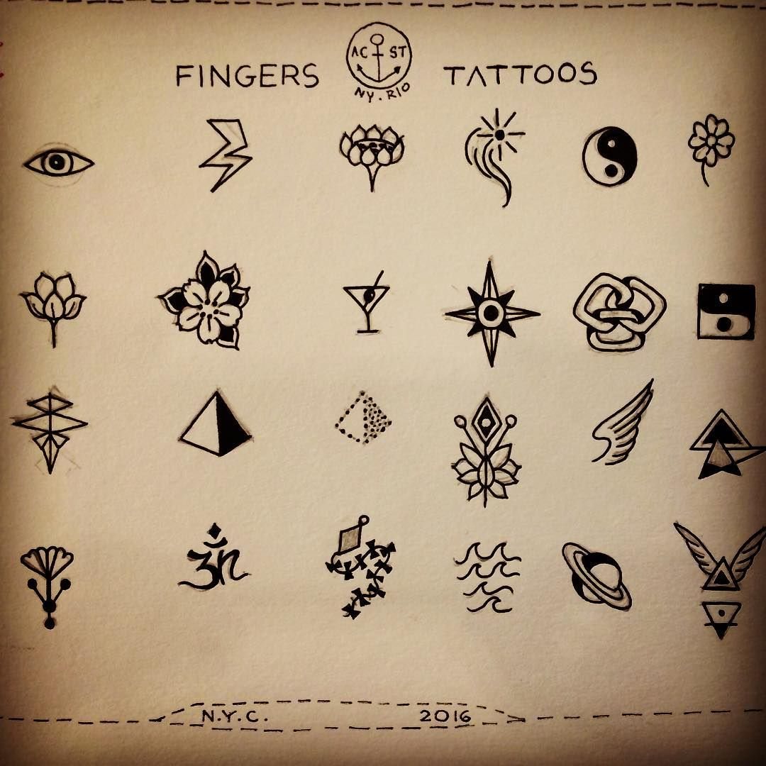 Mini Tattoo Finger