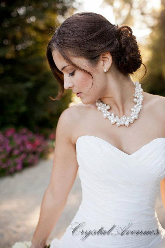 Pearl Bridal Necklace Chunky Wedding Necklace Swarovski Pearl
