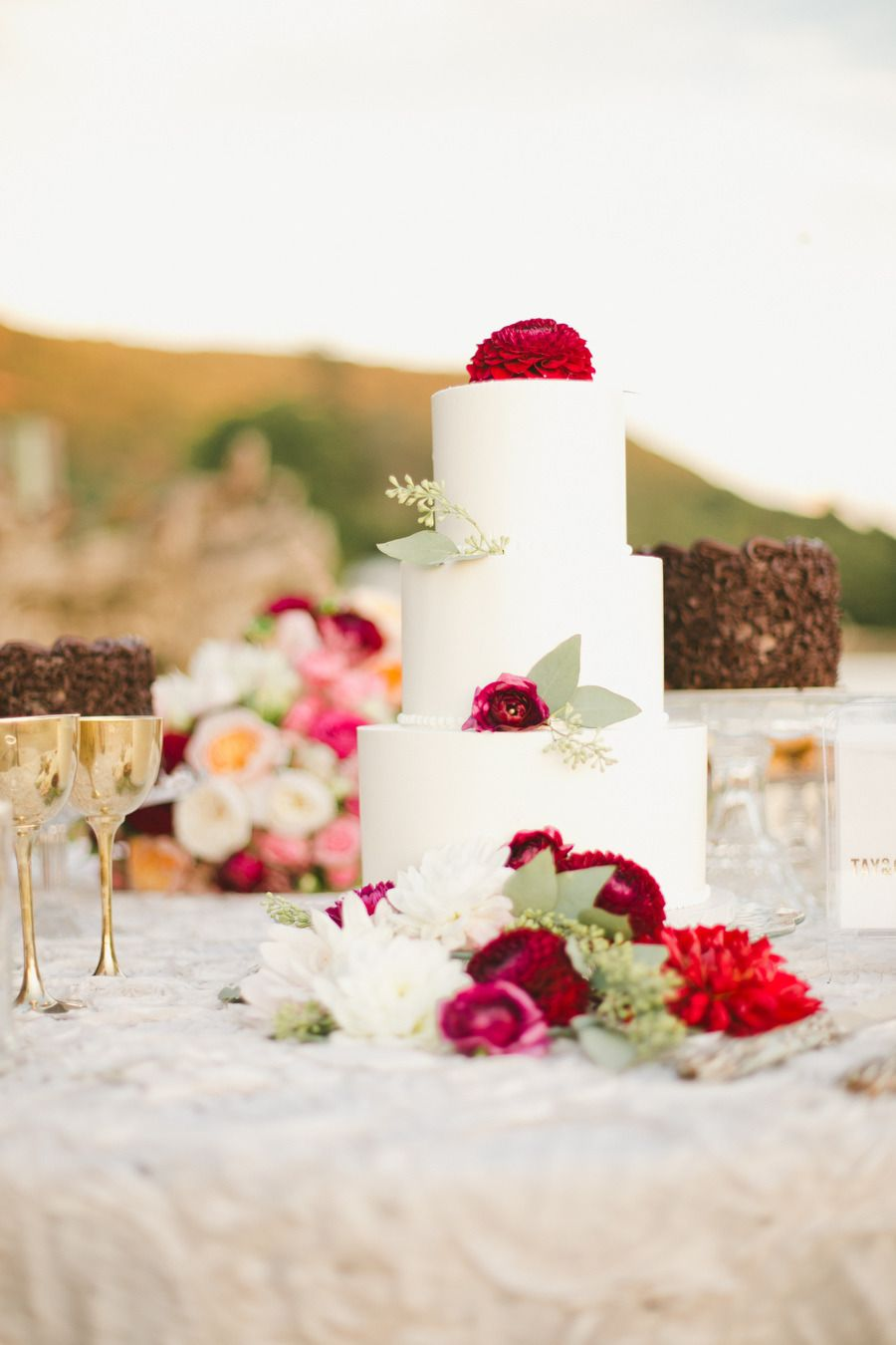 Photography: onelove photography - onelove-photo.com  Read More: http://www.stylemepretty.com/california-weddings/2015/03/21/romantic-al-fresco-sonoma-wedding/