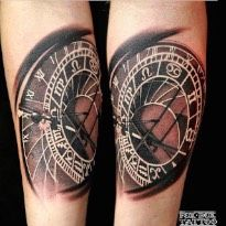 Tatouage Horloge Femme Avant Bras Kolorisse Developpement