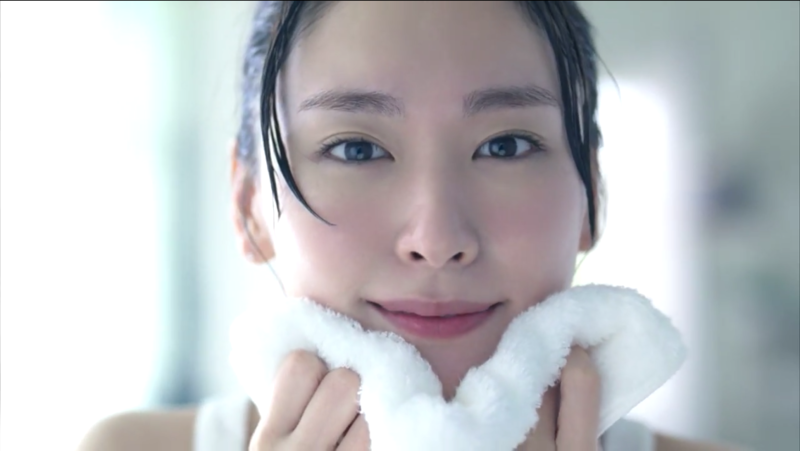 f:id:kun-maa:20140706213911p:plain | すっぴんメイク, 新垣 結衣, 雪肌