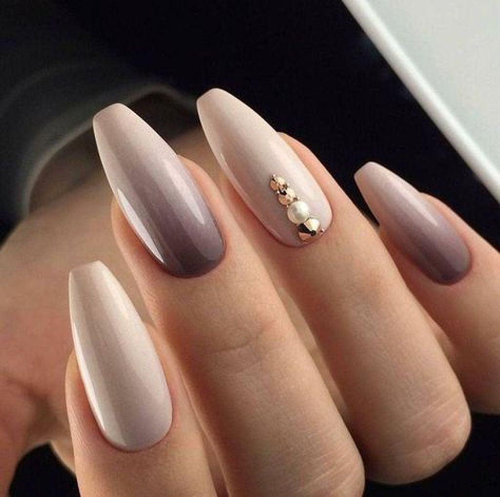 40 Cute Nail Design With A Natural Color With Images Ladne