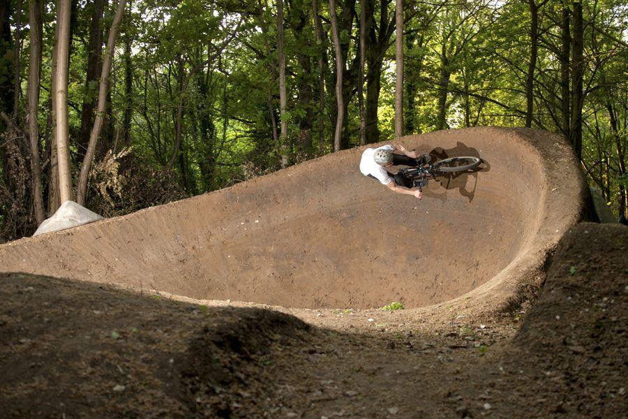 Top 100 Photos Of The Year 50 1 Pinkbike Bmx Dirt Bike Pump Track Bike Photography