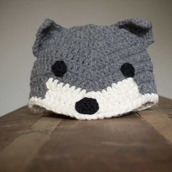 Crochet this adorable free wolf fox pattern for the cute kid in your life.  Sizing for newborn age 2 5b97a531b8a