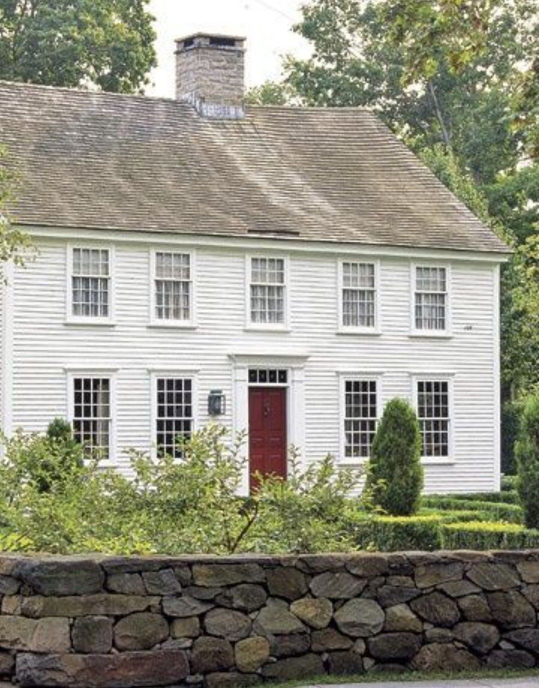 Colonial Exterior In 2020 Colonial House Exteriors Colonial Exterior Colonial House