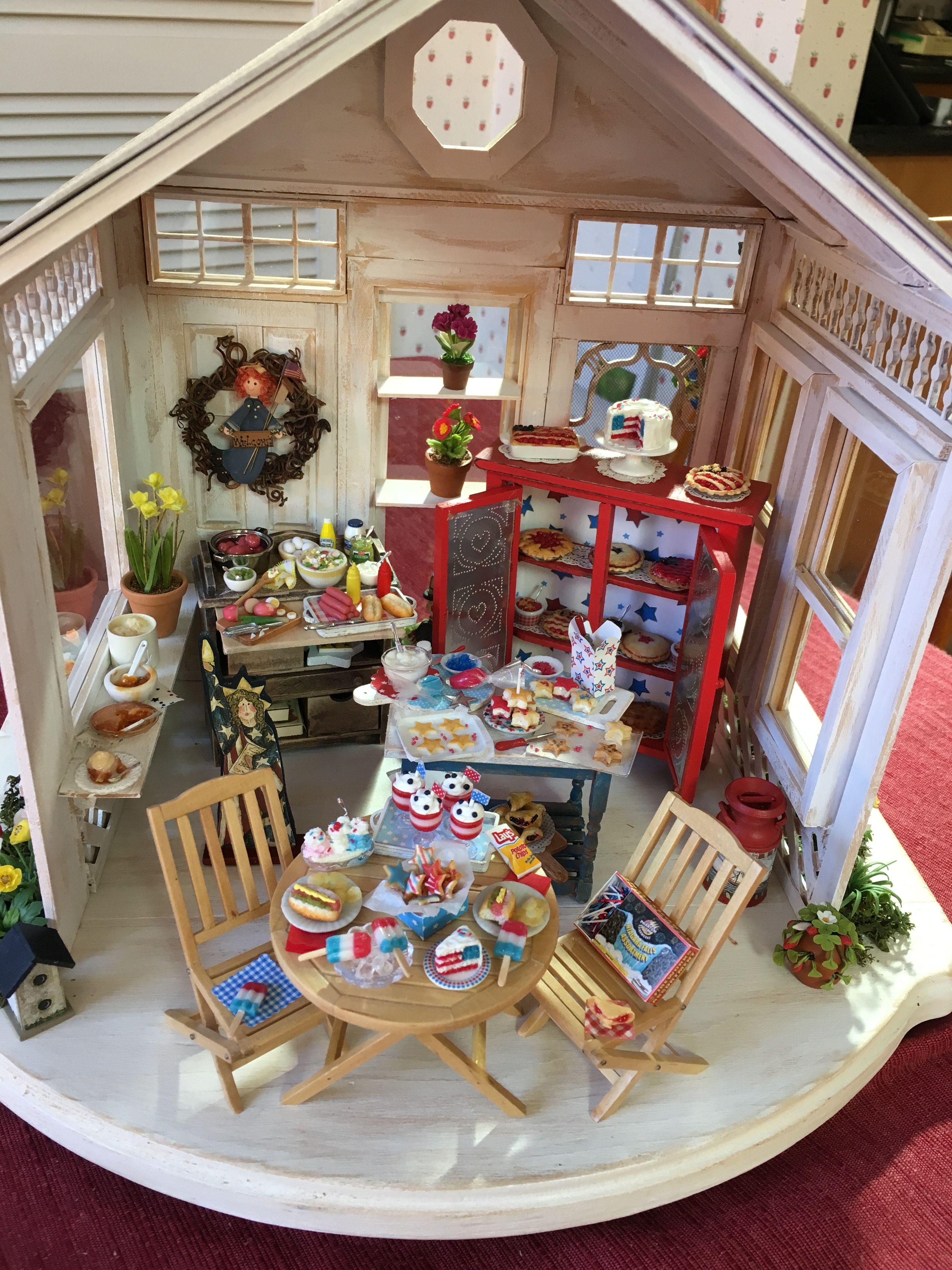 Dollhouse miniature 4th of July Carol Vasil