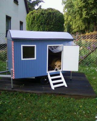 bauwagen f r hunde garten bauwagen pinterest bauwagen bau und hunde garten. Black Bedroom Furniture Sets. Home Design Ideas