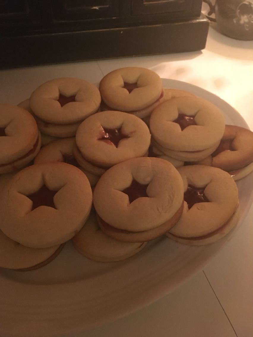 Jammy Dodgers [Homemade] #recipes #food #cooking #delicious #foodie #foodrecipes #cook #recipe #health
