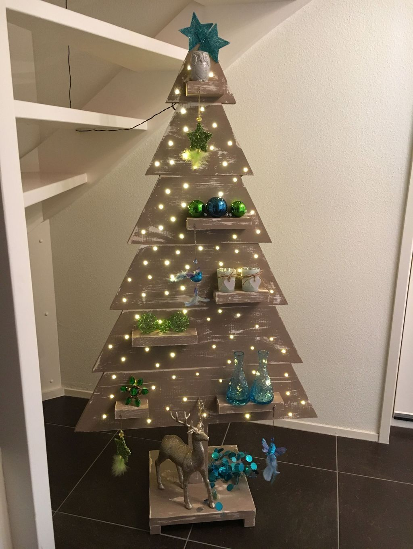 125cadda5a87 20+ Creative Christmas Tree Alternatives Ideas On A Budget