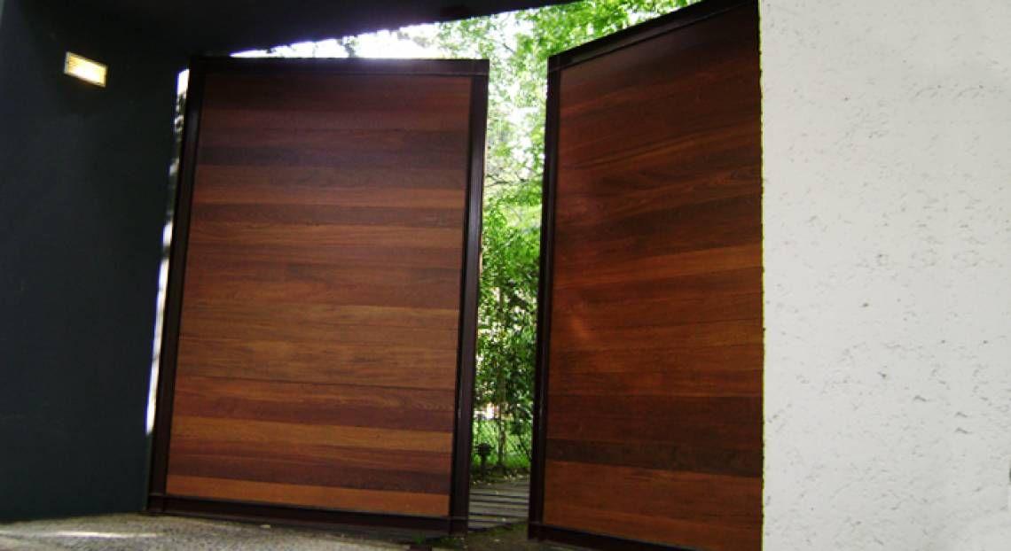 Batientes ihan portones portones de chapa pinterest puertas de chapa puertas garaje y - Puertas de cochera ...