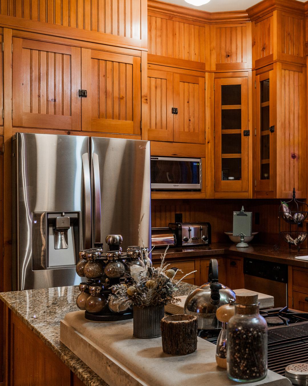 Traditional Kitchen Inspiration Cedar Cabinets In 2020 Kitchen Inspirations Traditional Kitchen Inspiration Traditional Kitchen