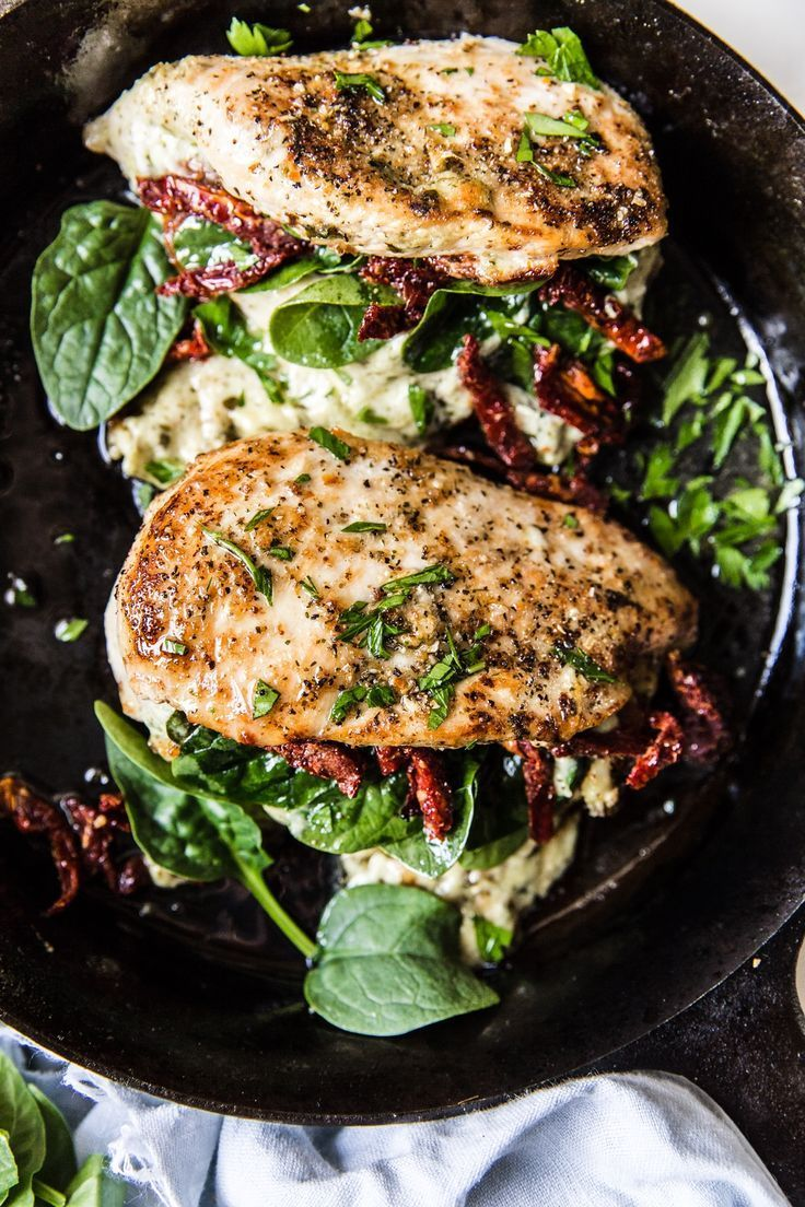 Stuffed Chicken Breast with Spinach, Cheese and Sun-Dried Tomatoes images