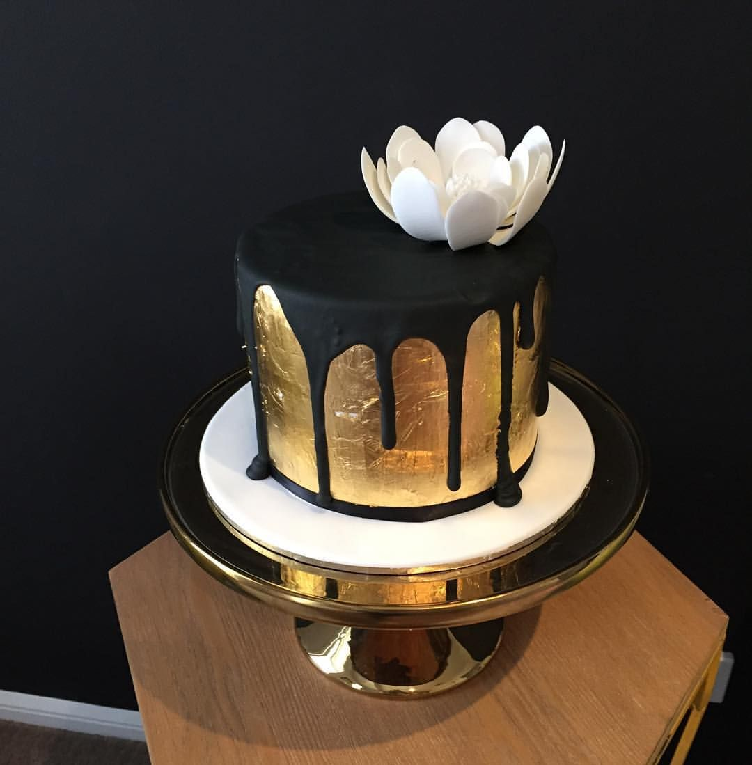Pin By Mary Vagenas On Cake In 2019 Cake Birthday Cake Gold