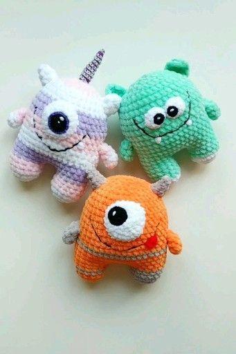 Kawaii Monster Plüsch häkeln - Geek Geschenke - niedliche kleine Monster - kleines Geschenk .... #stuffedtoyspatterns