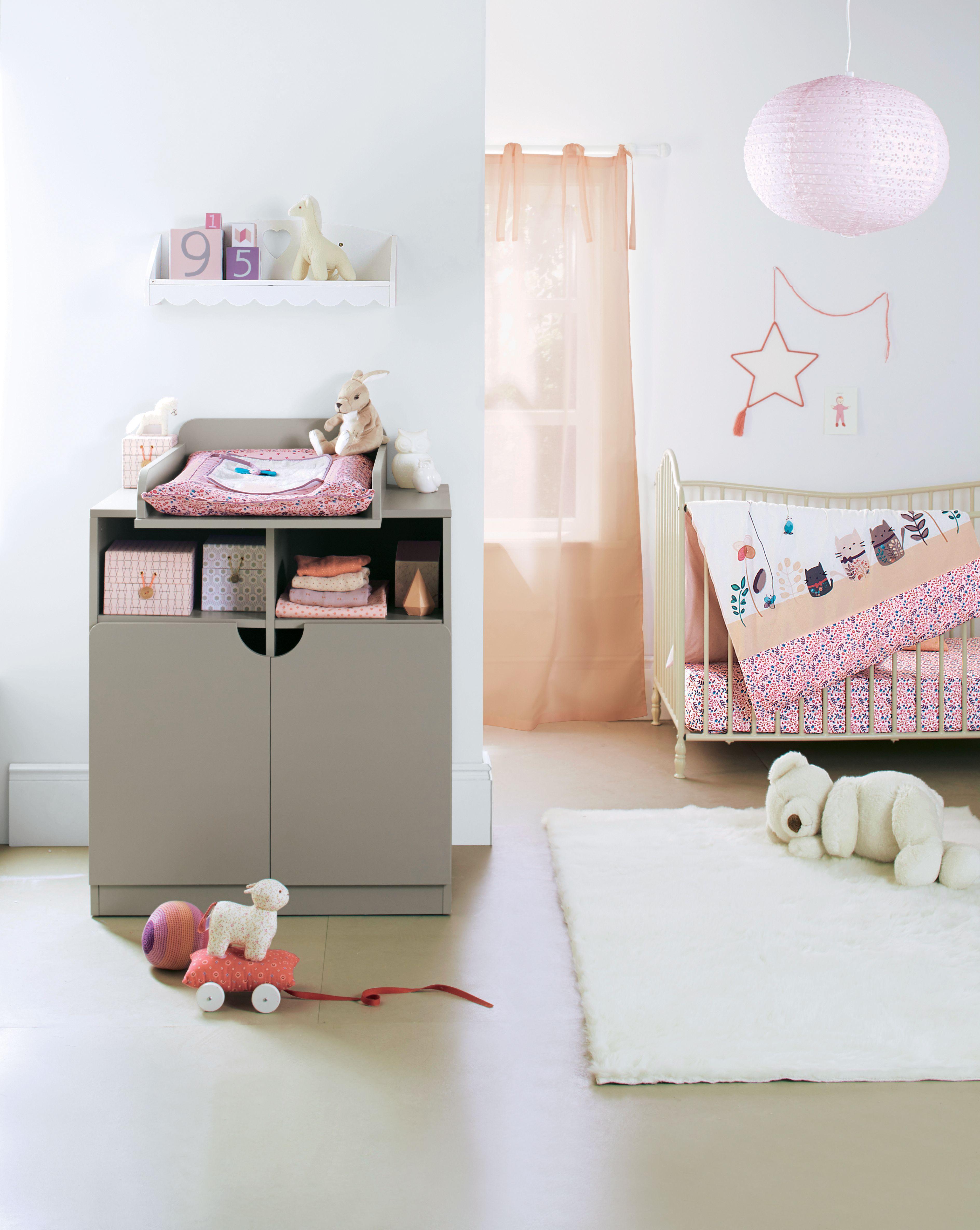 commode langer chambre b b babyspace. Black Bedroom Furniture Sets. Home Design Ideas
