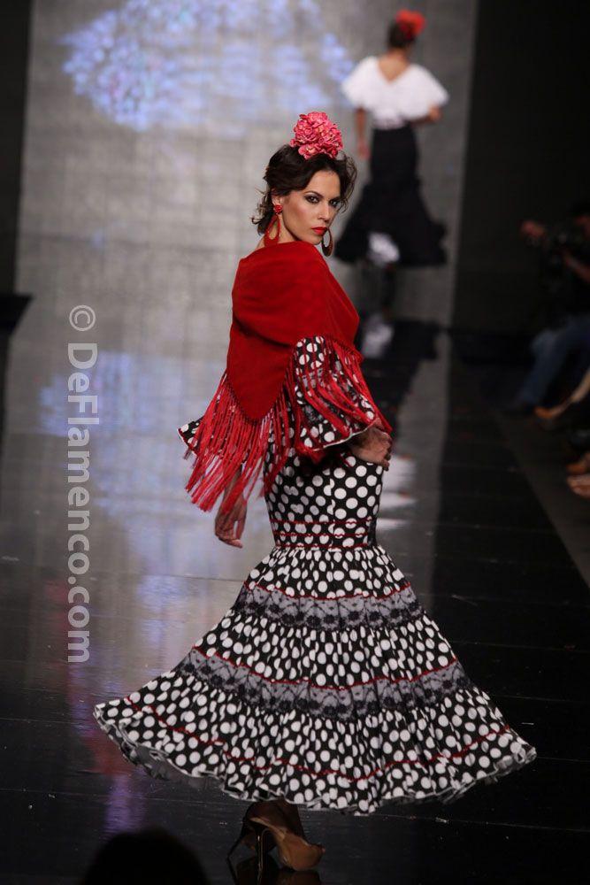 Fotografías Moda Flamenca - Simof 2014 - Mari Carmen Cruz  Y... Sevilla   Simof 2014 - Foto 15 d3e4cbf6b911e