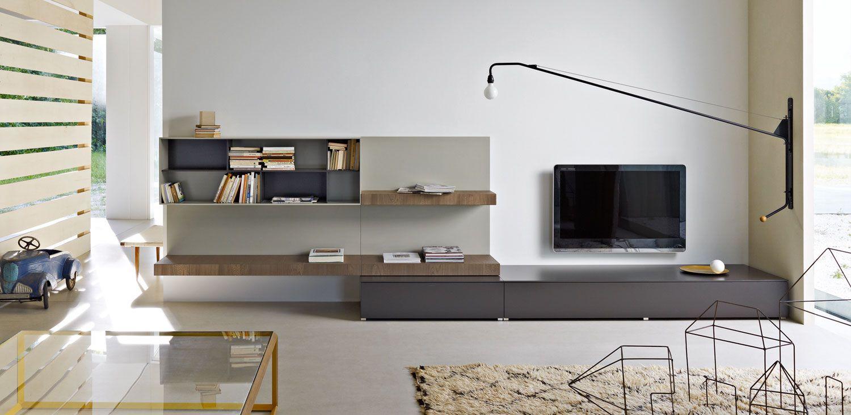 Molteni c pass edizione 2012 wall system tv storage for Molteni furniture