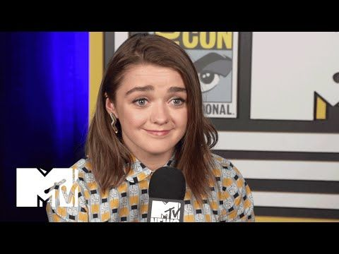 Maisie Williams Discusses Sexism On 'Game Of Thrones' | Comic-Con 2015 - YouTube