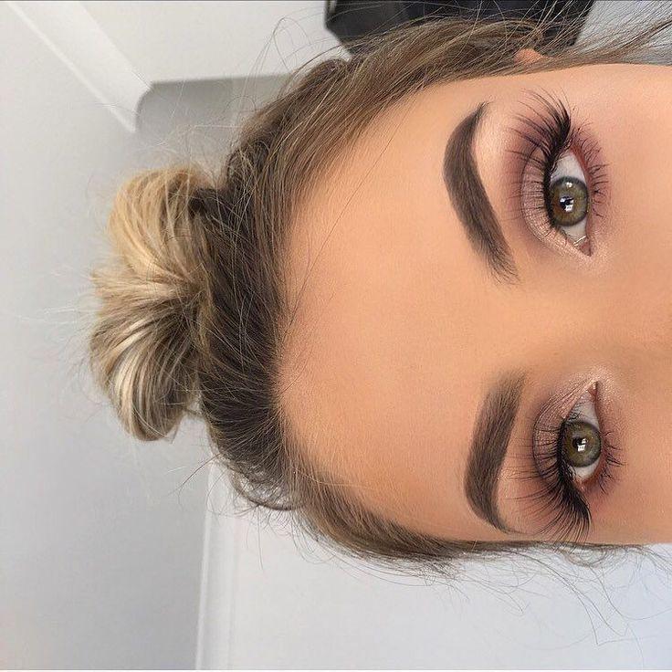 Dmakeup brown