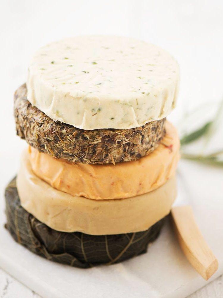 Miyoko S Vegan Cheese Wheels Reviews Info Several Flavors In 2020 Vegan Cheese Recipes Best Vegan Cheese Food