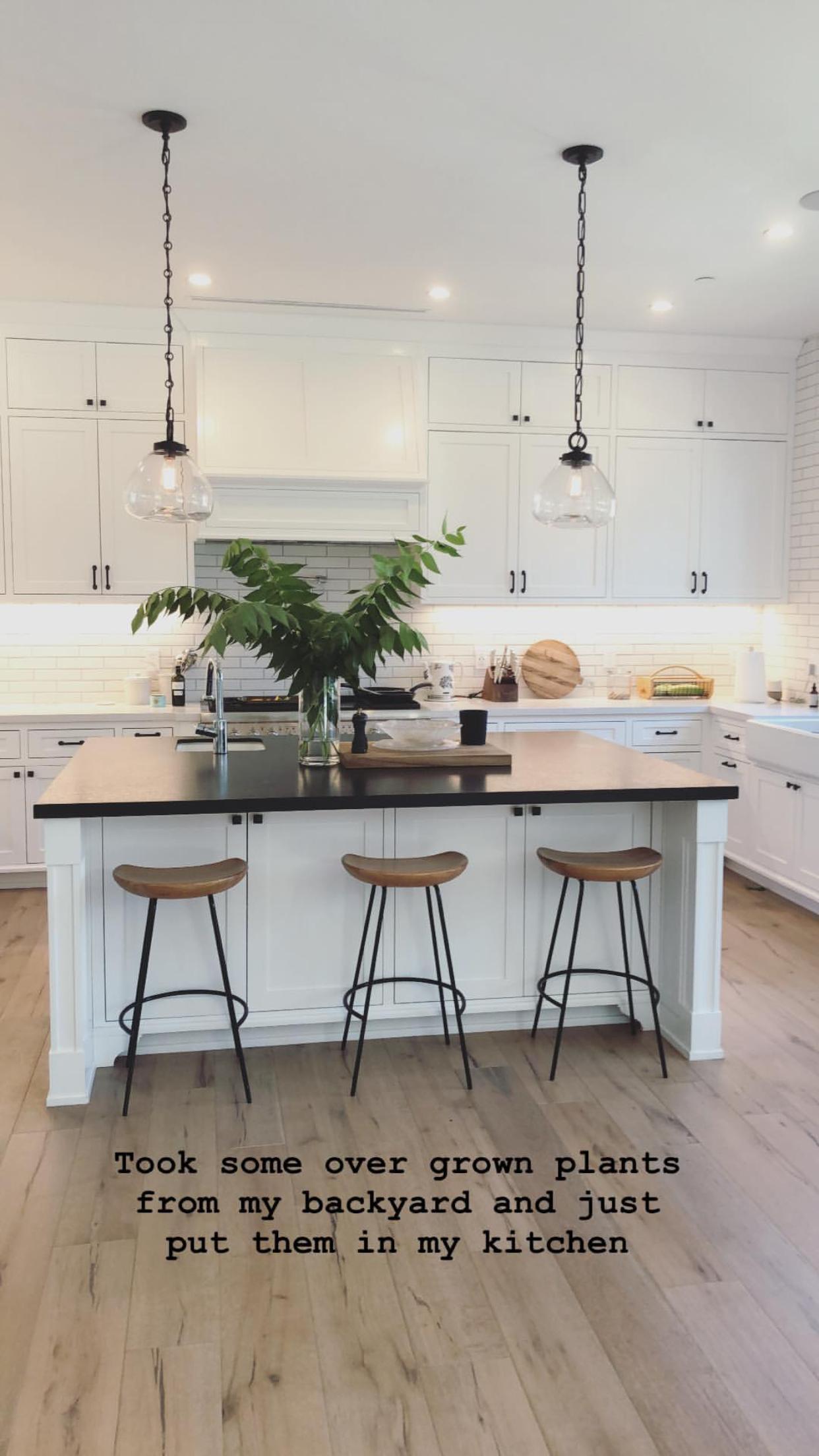Interiordesignideasbedroom Interiordesignideaslivingroom Interiordesignideas In 2020 Home Decor Kitchen Interior Design Kitchen Small Kitchen Interior Design Modern