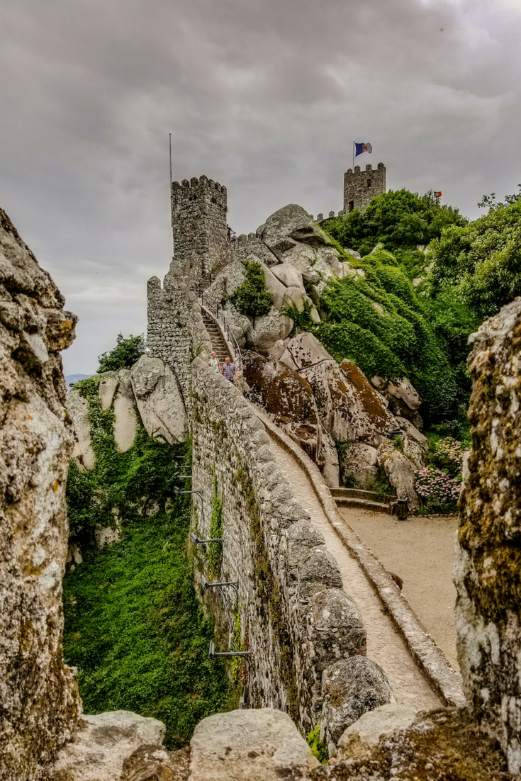 Why Sintra, Portugal is the best day trip from Lisbon #portugal