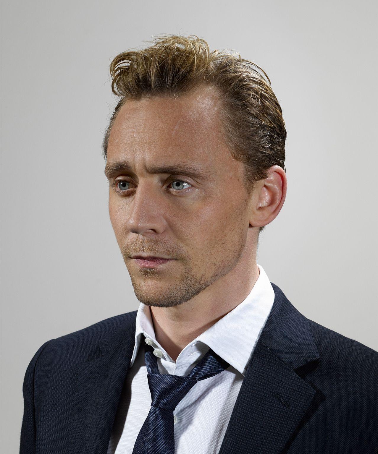 Tom Hiddleston. Photographed by Daniel Stier. Via Torrilla.