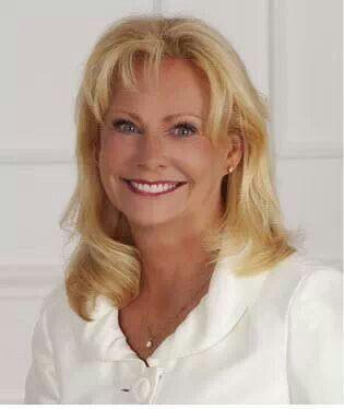 Dentist in North Canton - Julie M. Thomas, DDS