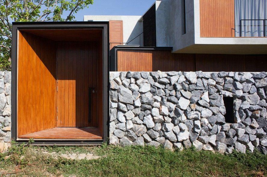 Contemporary Thai Home Design with Cool Concrete Interior ...