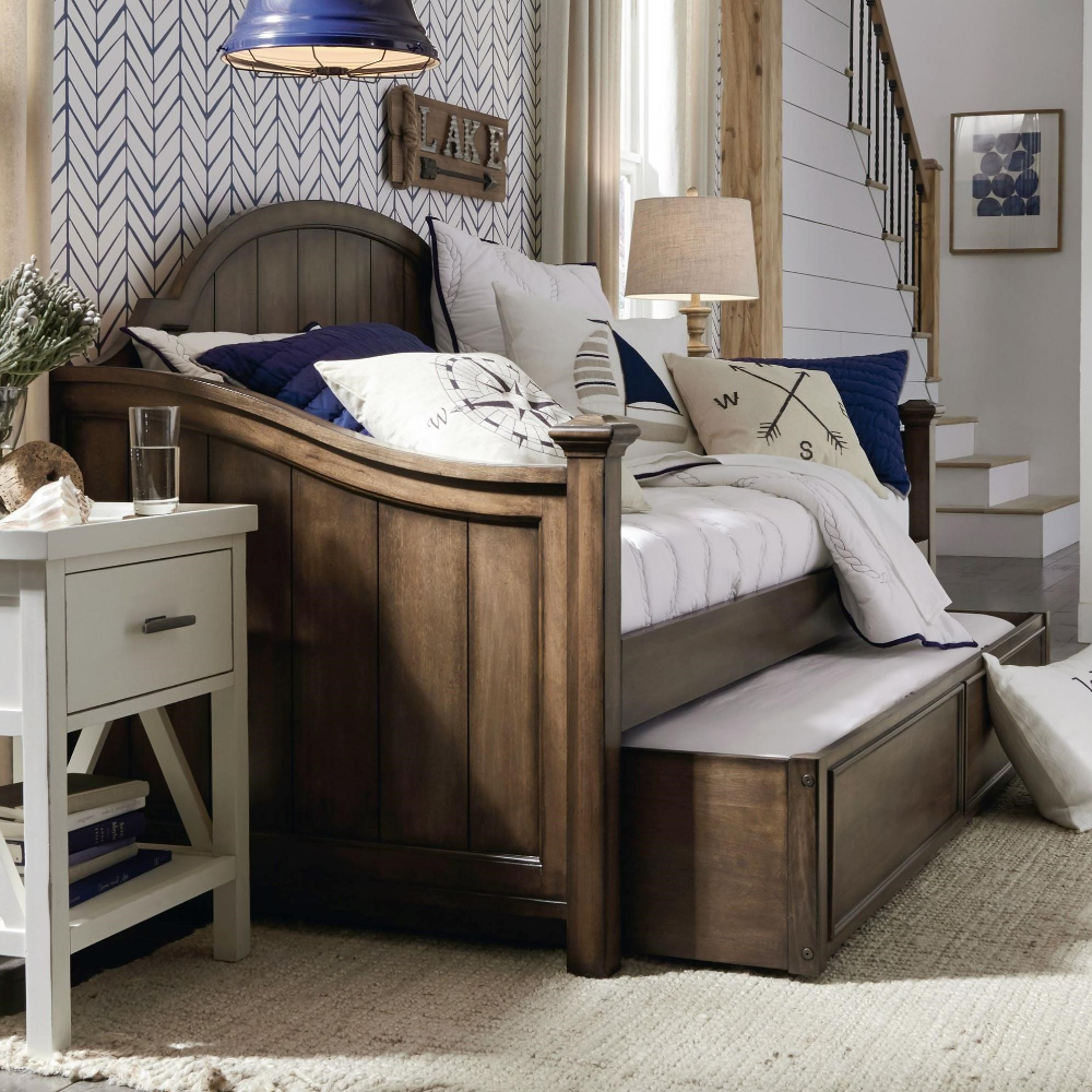 Transitional Daybed with Trundle by Legacy Classic Kids