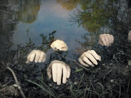20 super scary halloween decorations creepy handyard ideasscary - Halloween Ideas For Yard