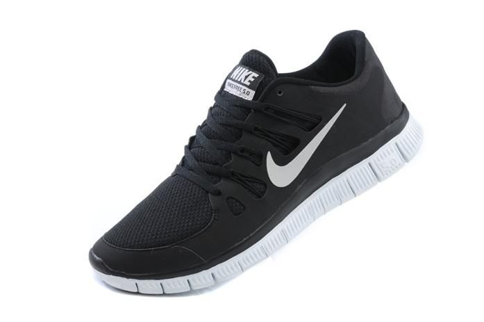 349410cf73a Nike Free Run 5.0 V2 Mens Running Shoes New Outlet Black
