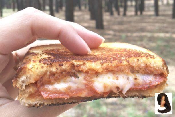Campfire Pizza Pie Recipe {Pie Iron Pizza Pocket} (DIY Thrill Campfire Pizza Pie Recipe {Pie Iron Pizza Pocket} (DIY Thrill