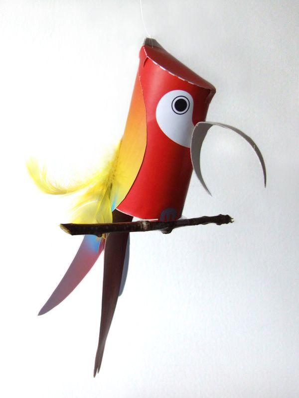 wer wollte nicht schon immer einen papagei theo ist ein kecker vogel aber einmal in form. Black Bedroom Furniture Sets. Home Design Ideas