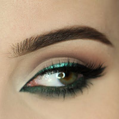 enchanted lumi  electric blue eyes makeup blue eyeshadow