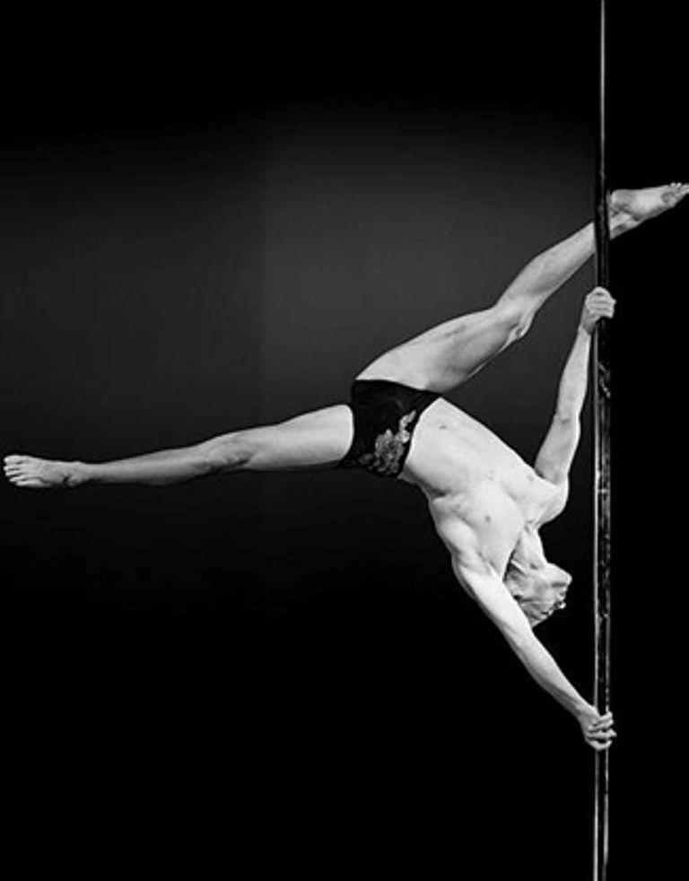 Pole Dancing Poledancing Con Immagini