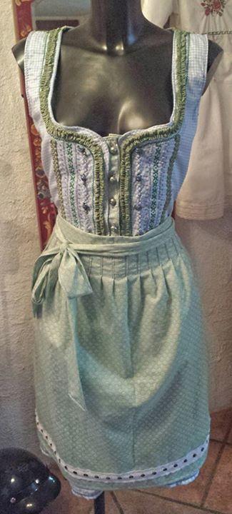Ein Wirklich Schones Kleid Von Nicola Oktoberfest Outfit Oktoberfest Dirndl Dirndl