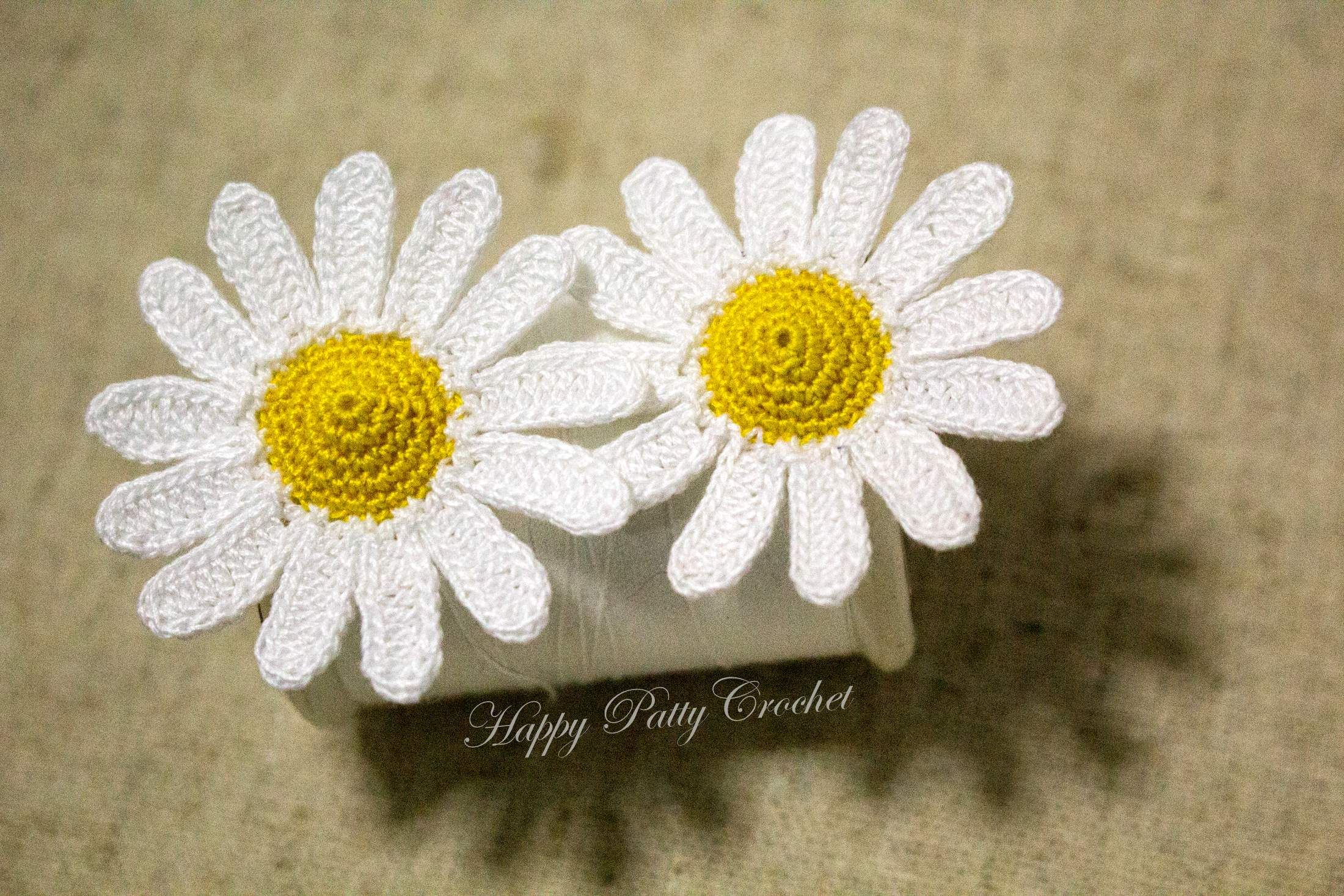 Free crochet pattern mini daisy by minis patterns and crochet free crochet pattern mini daisy by bankloansurffo Image collections