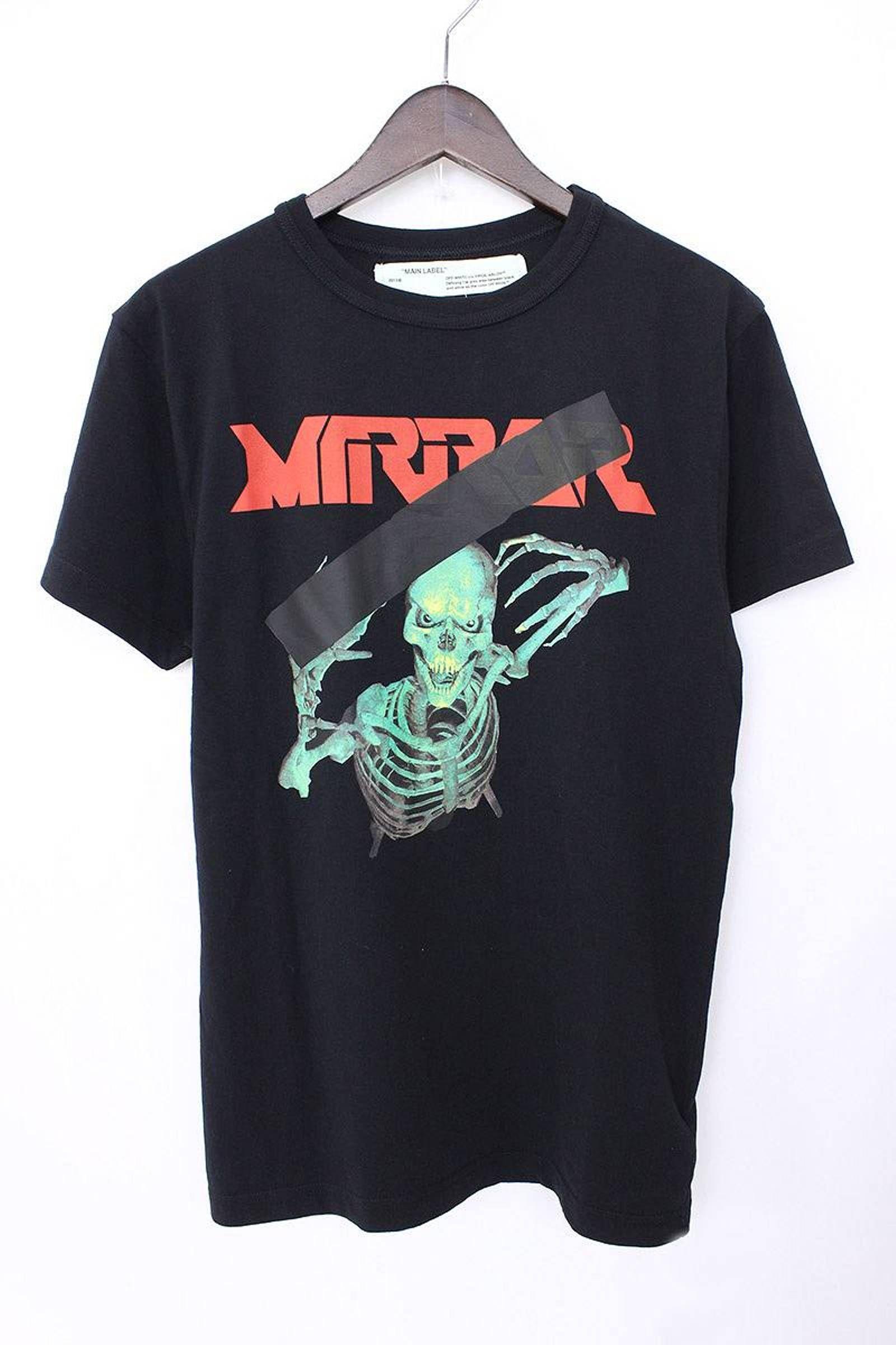 7b742134 Off-White T-Shirt Black Mirror Skull Print Tee Size US S / EU 44-46 / 1