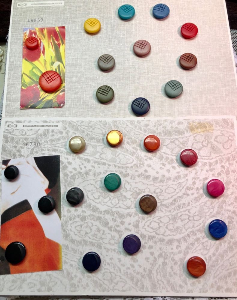 Colorful Salesman Sample Cards  Button Fashion Holland BV
