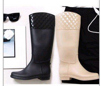 1000  images about Raincoats on Pinterest | Rain boots fashion ...