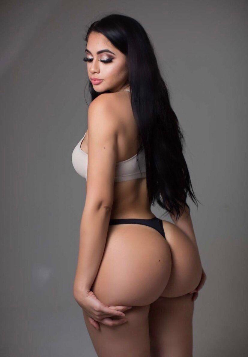 hot latina booty nude