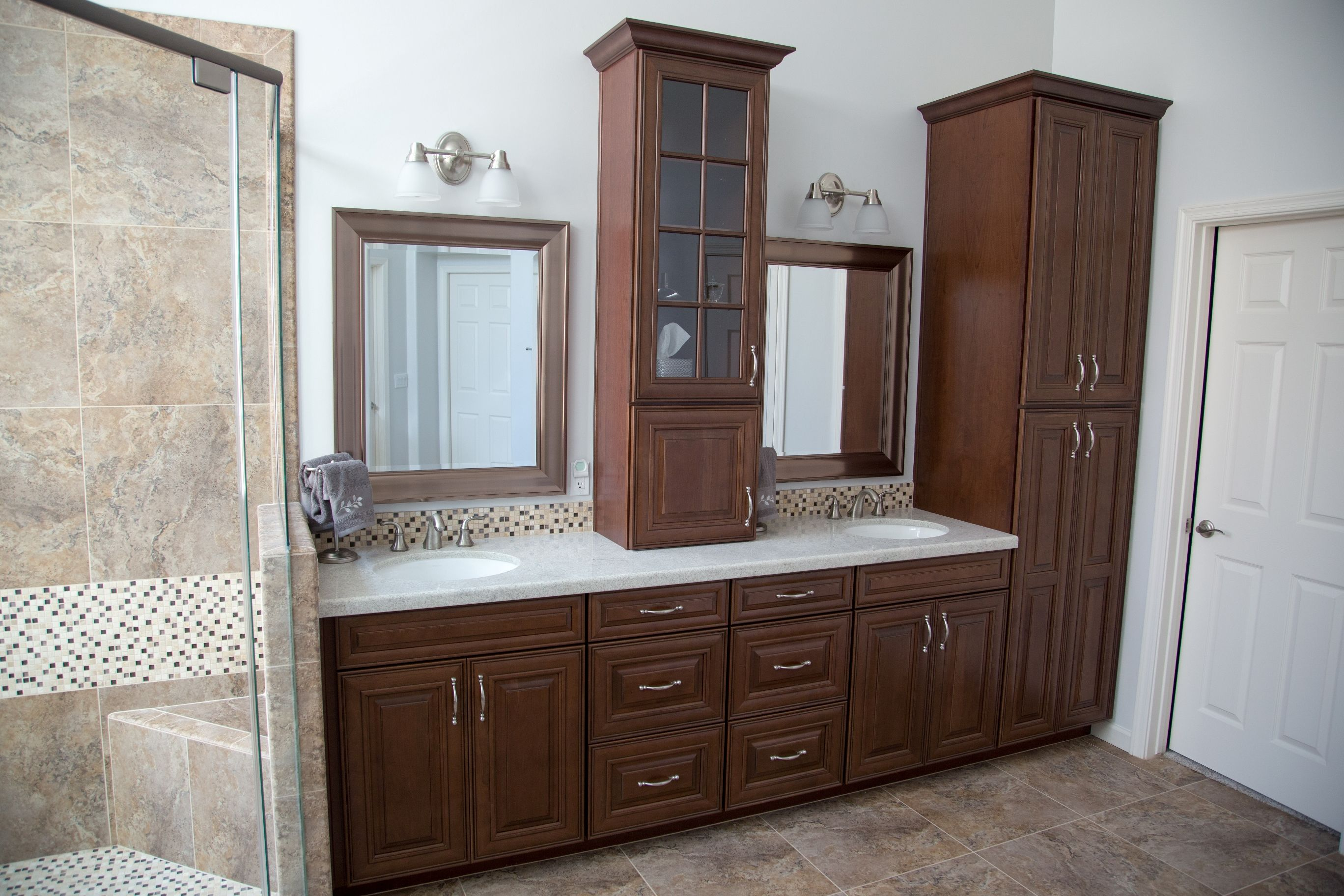 Be Sure To Speak With Our Expert Design Team About Incorporating Plenty Of Storage Options In Your Bathrooms Remodel Bathroom Remodel Gallery Bathroom Design [ jpg ]
