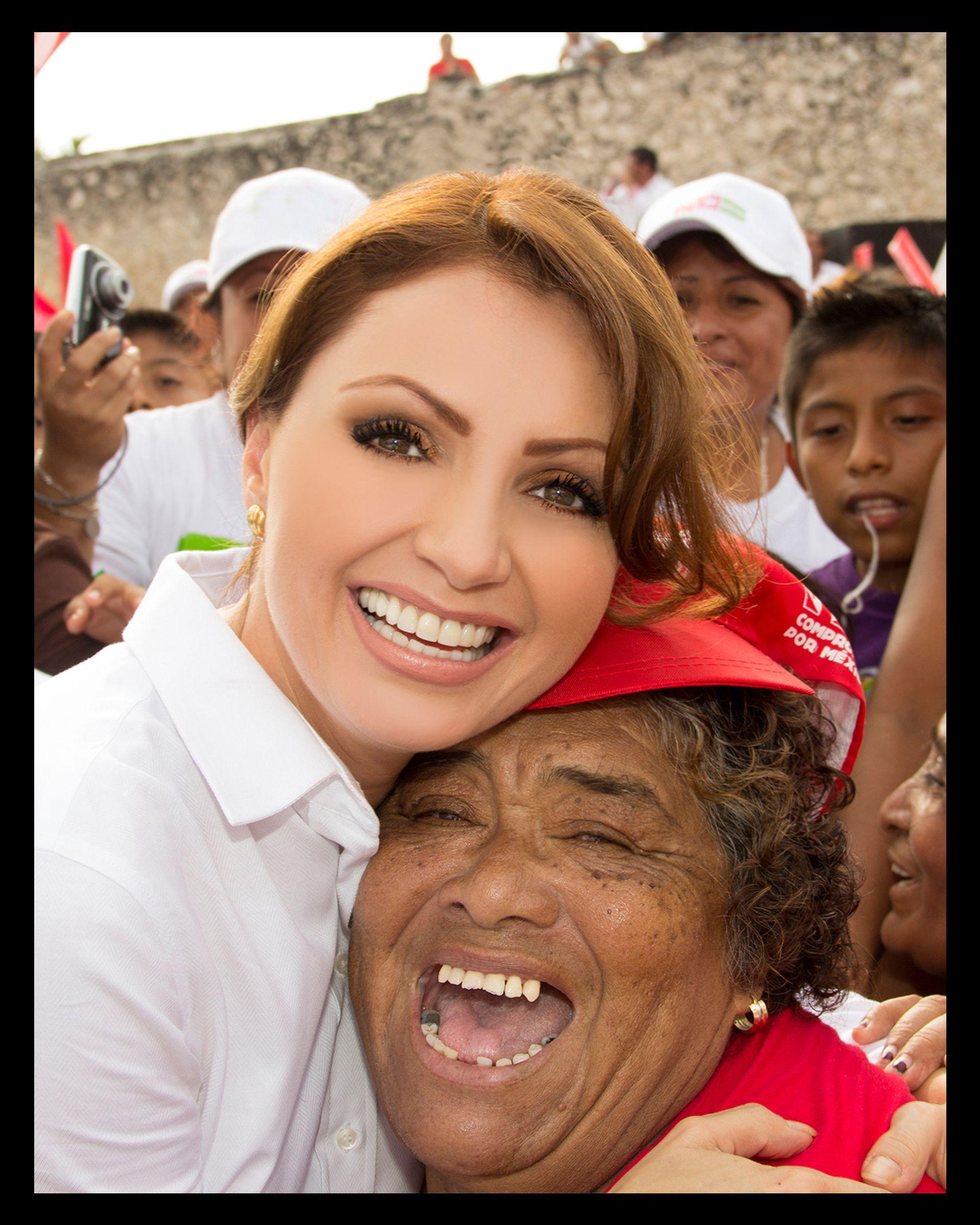 Angelica Rivera Desnuda angelica rivera calendario | celebrities